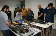 Vuit alumnes completen el taller d'iniciació de discjòquei