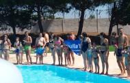 Més de 50 persones es van mullar diumenge per l'esclerosi múltiple a la Llagosta
