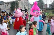 La rua i la festa infantil obren el Carnaval de la Llagosta