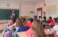 El Consistori organitza a les escoles uns tallers de tinença responsable de gossos
