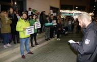 Una vuitantena de persones es concentra a la Llagosta per demanar la llibertat de Jordi Sànchez, Jordi Cuixart i els exconsellers