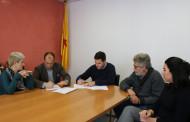 L'Ajuntament i l'ACIS signen un conveni per instal·lar a la Llagosta una pista de gel durant el Nadal