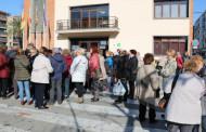 Protesta a la Llagosta per l'increment mínim de les pensions