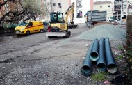 Comencen les obres per condicionar l'aparcament situat al final de la plaça de Pere IV