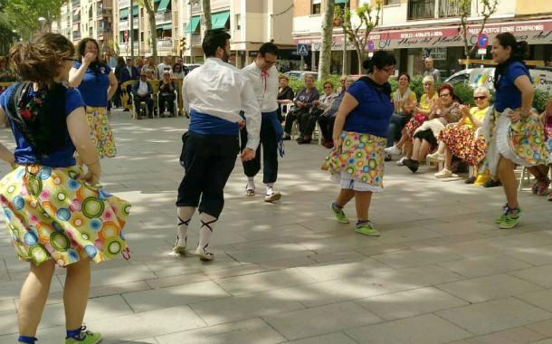 El Grup de Ball de Gitanes va celebrar ahir la 42a Ballada de la Llagosta