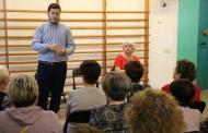 L'alcalde, Óscar Sierra, manté una trobada al Casal d'Avis