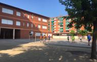 S'obren els patis de les escoles Les Planes i Joan Maragall