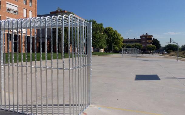 Ja estan reparades totes les porteries de la zona esportiva de la plaça d'Europa
