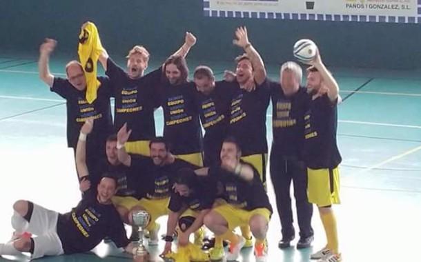 El primer equip del Fútbol Sala Unión Llagostense, campió de lliga