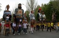 La Colla Gegantera ha organitzat aquest dissabte la primera Cursa de Gegants de la Llagosta