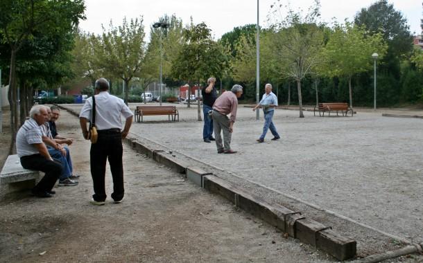 El Club Petanca la Llagosta va celebrar dissabte el Dia del soci amb unes 70 persones