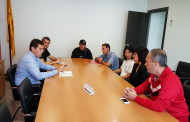 L'alcalde posa serveis i ajuts municipals a disposició de les famílies afectades pel tancament de Valeo