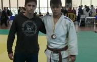 Bogdan Ivancea es penja un bronze al català de judo de kyus
