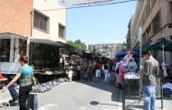 L'Ajuntament presenta als paradistes la nova distribució del mercat ambulant