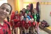 El sènior masculí del Joventut Handbol es complica la permanència i el femení passa als quarts de final de la Copa