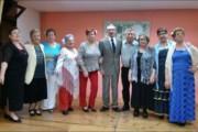 Actuació, diumenge, del Grup de Play Back La Alegría de Vivir i del Taller de Teatre del Casal d'Avis