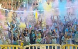 La colla dels Saltats va celebrar dissabte el tercer Colours Festival