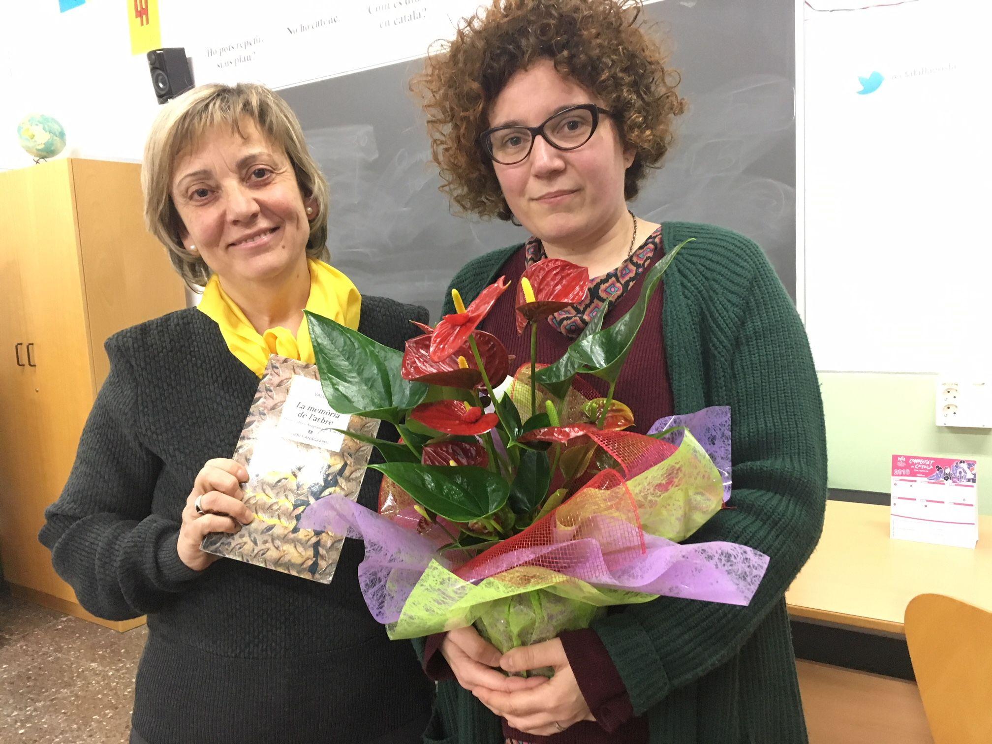 L'escriptora Tina Vallès participa en una xerrada al Centre de Formació d'Adults de la Llagosta