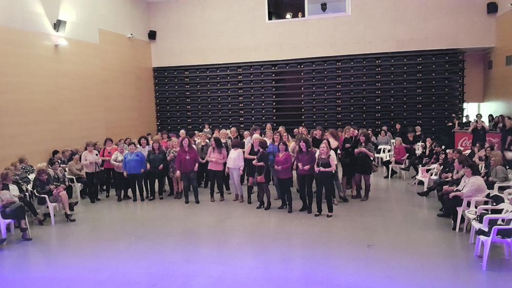 Veus de Dona organitza demà la Nit de les dones al Centre Cultural