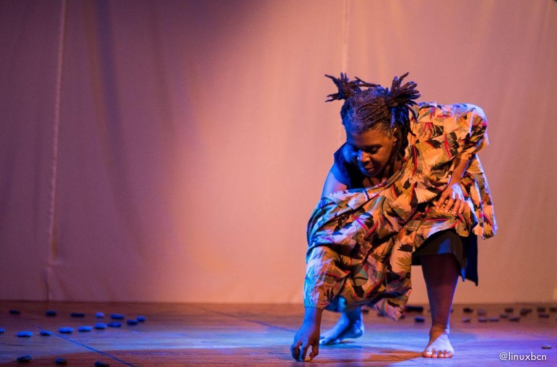 La Llagosta serà l'escenari demà de la representació de l'obra No es país para negras
