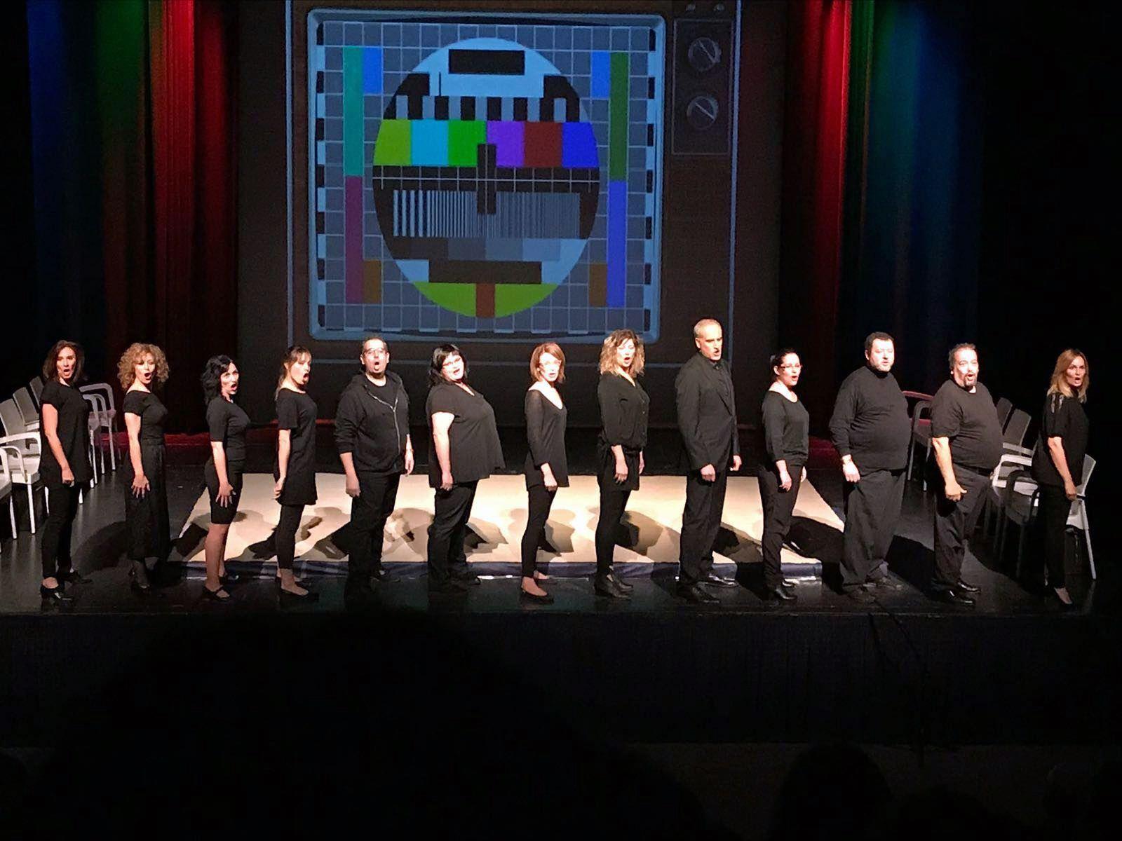 Nanocosmos Teatre surt satisfet de l'estrena d'Spot el cap de setmana passat al Centre Cultural
