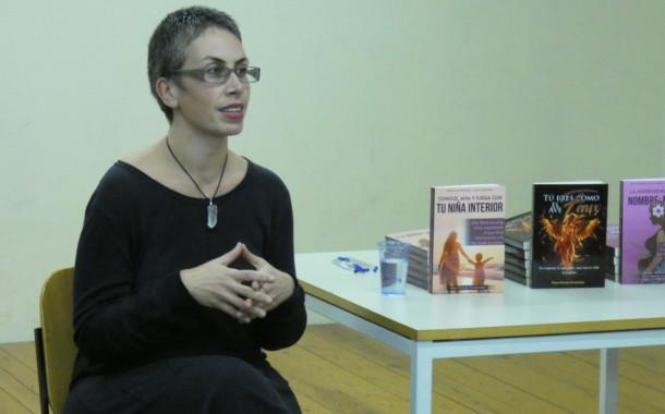 Chus Maroto publica una trilogia de llibres d'autoajuda en clau femenina