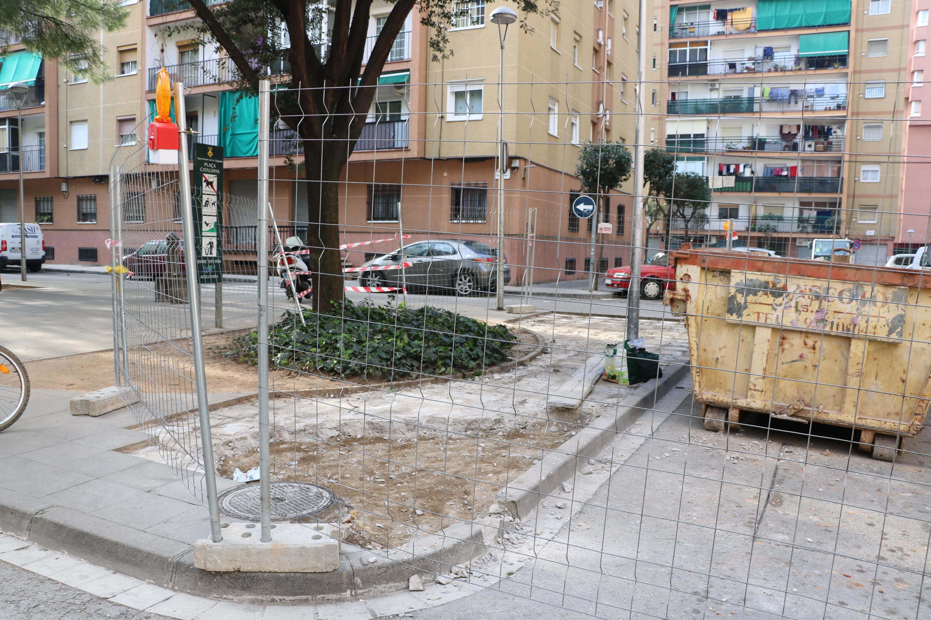 Ja han començat les obres de millora de la plaça de Catalunya
