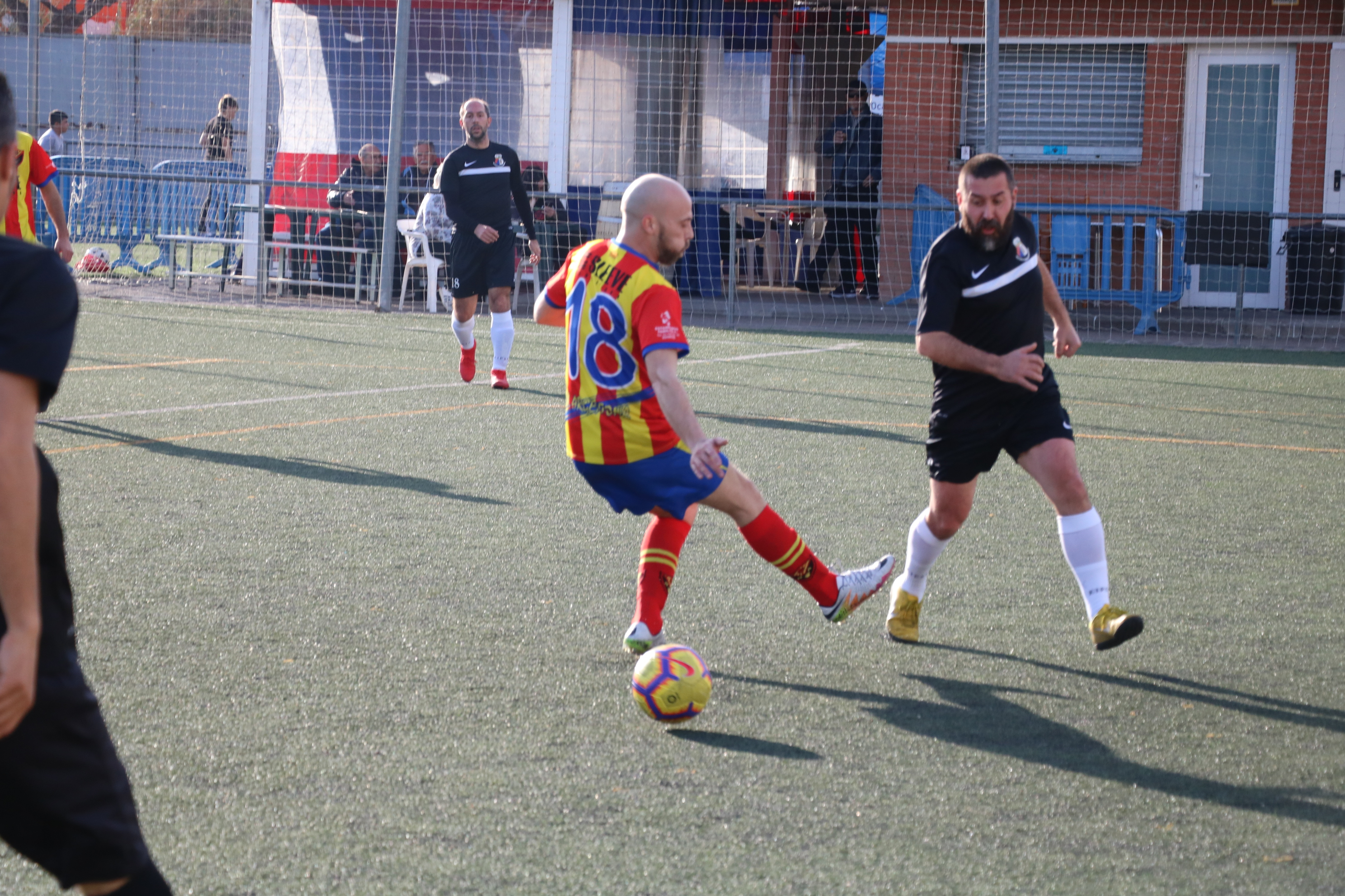 El CD Viejas Glorias goleja el Rocafonda (5-2)