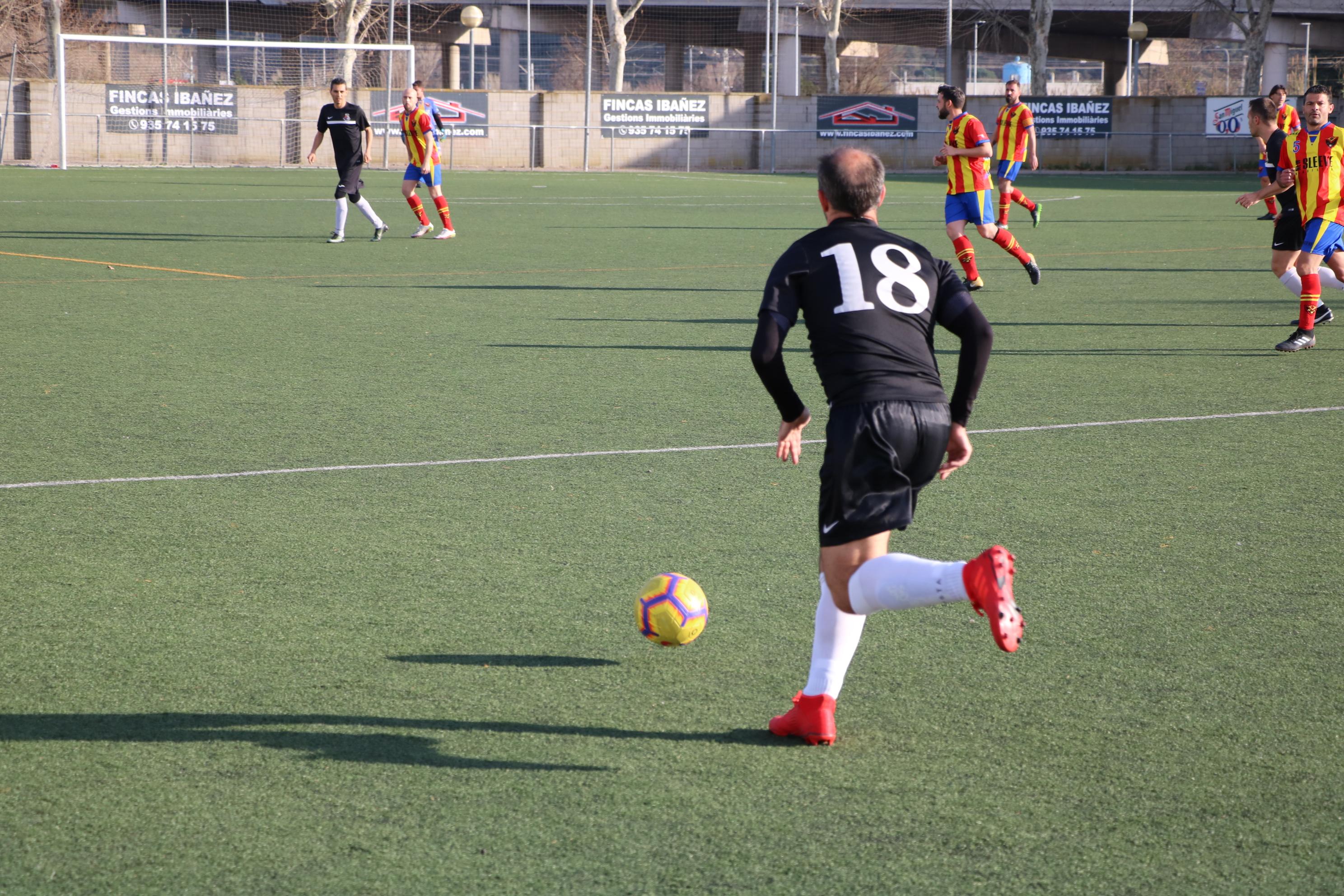 El CD Viejas Glorias goleja l'Atlètic Masnou (5-0)