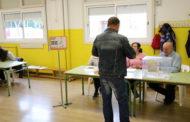La jornada de les eleccions generals comença amb normalitat a la Llagosta