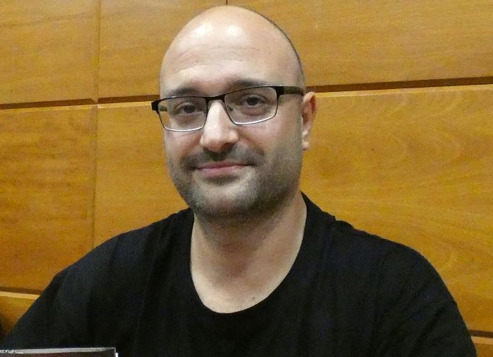 José Ramón Vera participa avui al Club de lectura de la Biblioteca