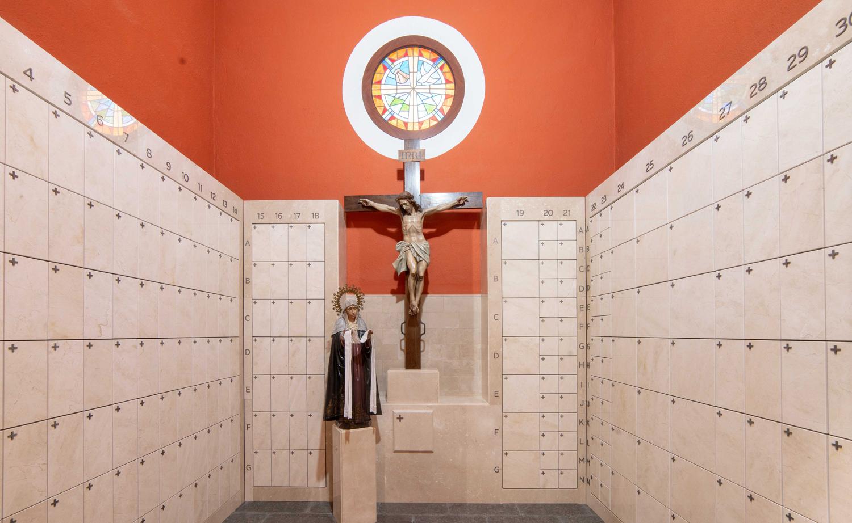 L'Església de Sant Josep compta amb un columbari