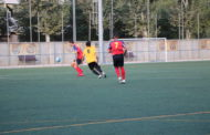 El CE la Llagosta perd per la mínima al camp del segon, el Roureda (2-1)
