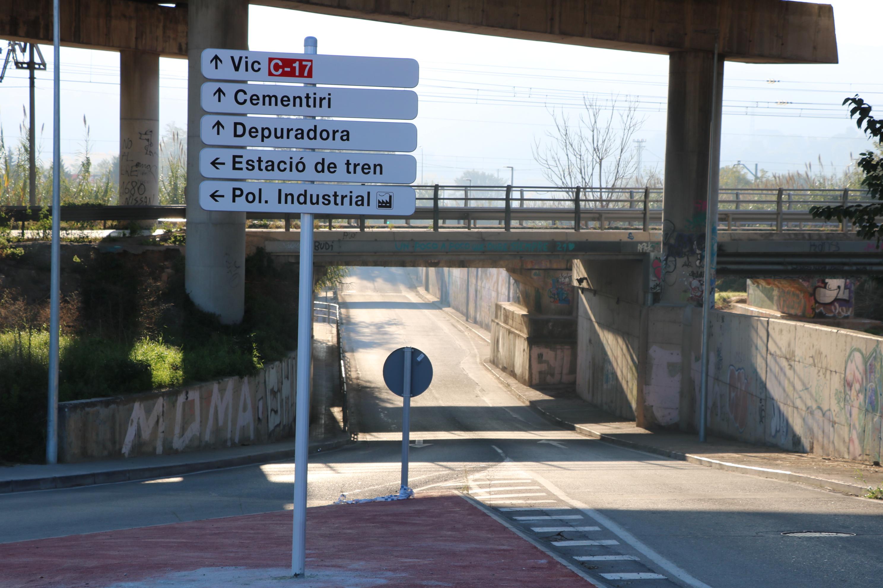 L'Ajuntament instal·la nous senyals per millorar la mobilitat a la Llagosta
