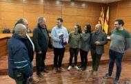 El CD La Concòrdia ofereix el trofeu de la lliga a l'Ajuntament