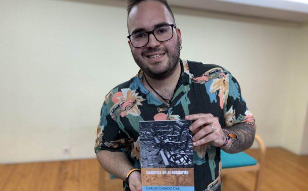 Carles Casado presenta el seu primer llibre de poesia, 'Suspiros en el recuerdo'