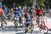 Uns 150 persones participen a la bicicletada de la Diada