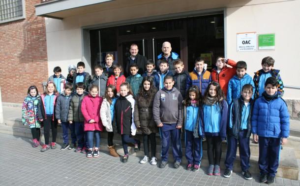 Estudiants de quart de Primària de l'Escola Gilpe visiten l'Ajuntament de la Llagosta