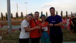 Núria Isabel Molina amb el guardó de campiona. Fotografia CE Fondistes la Llagosta.