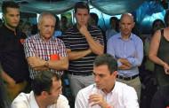L'alcalde, en la visita de Pedro Sánchez a Valeo per donar suport als treballadors