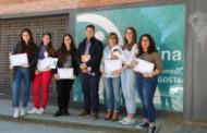 Lliurats els premis als millors treballs de recerca de Batxillerat de l'Institut Marina
