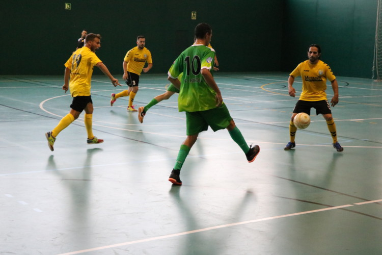 El FS Unión Llagostense cau a casa (1-2) amb el Ripoll