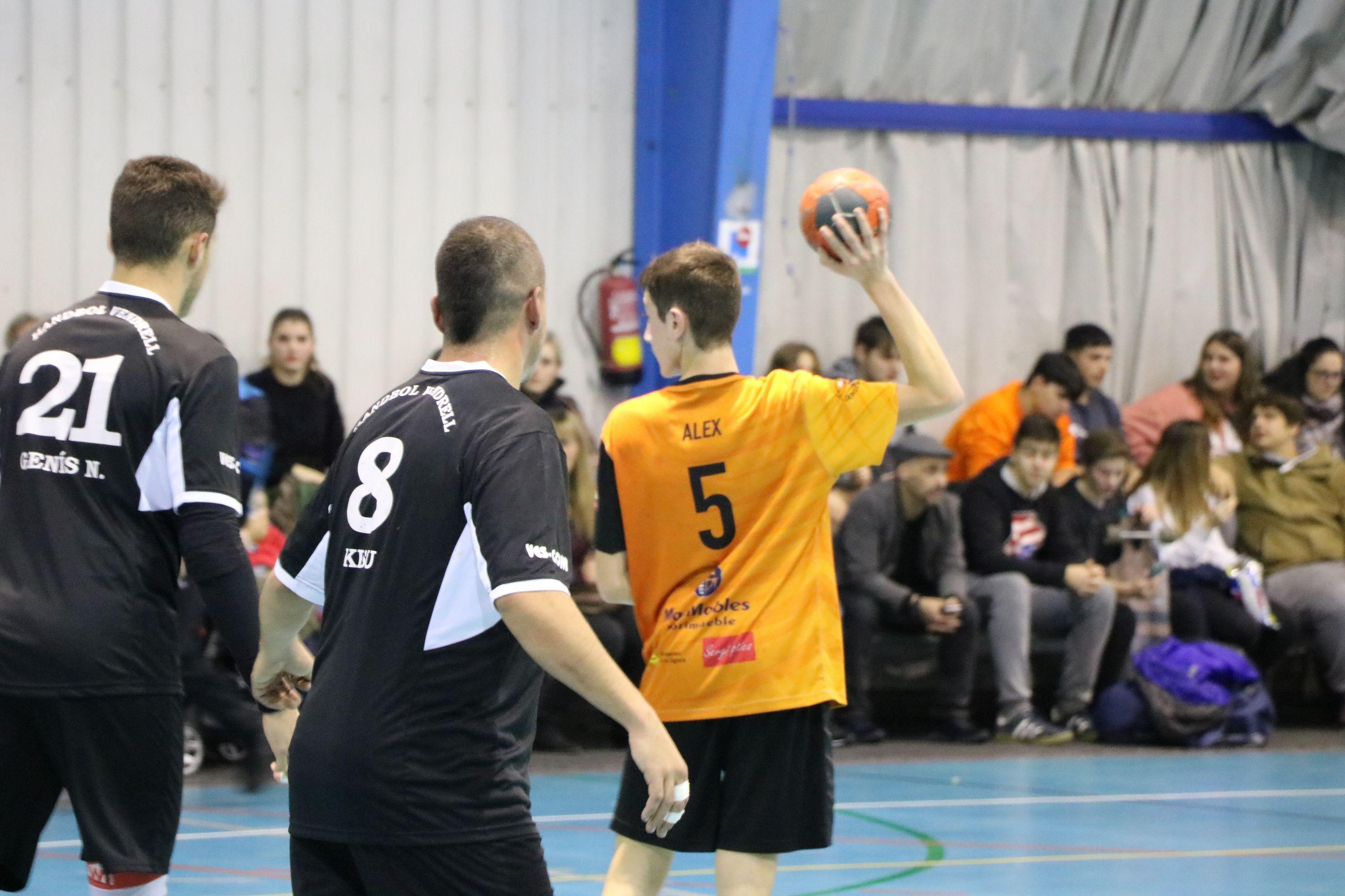 L'HC Vallag perd per la mínima contra el Vilanova (32-33)
