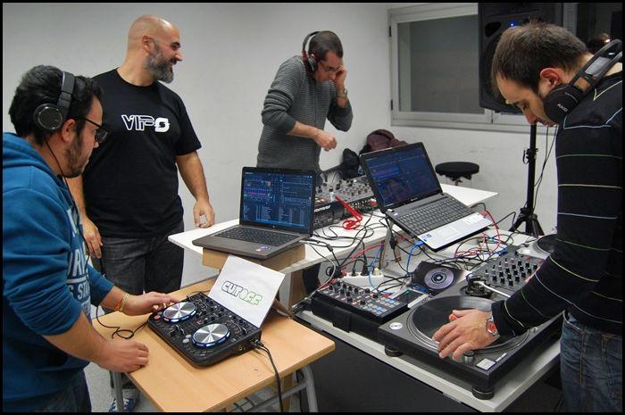 El quart curs de DJ organitzat per VIP's s'inicia avui