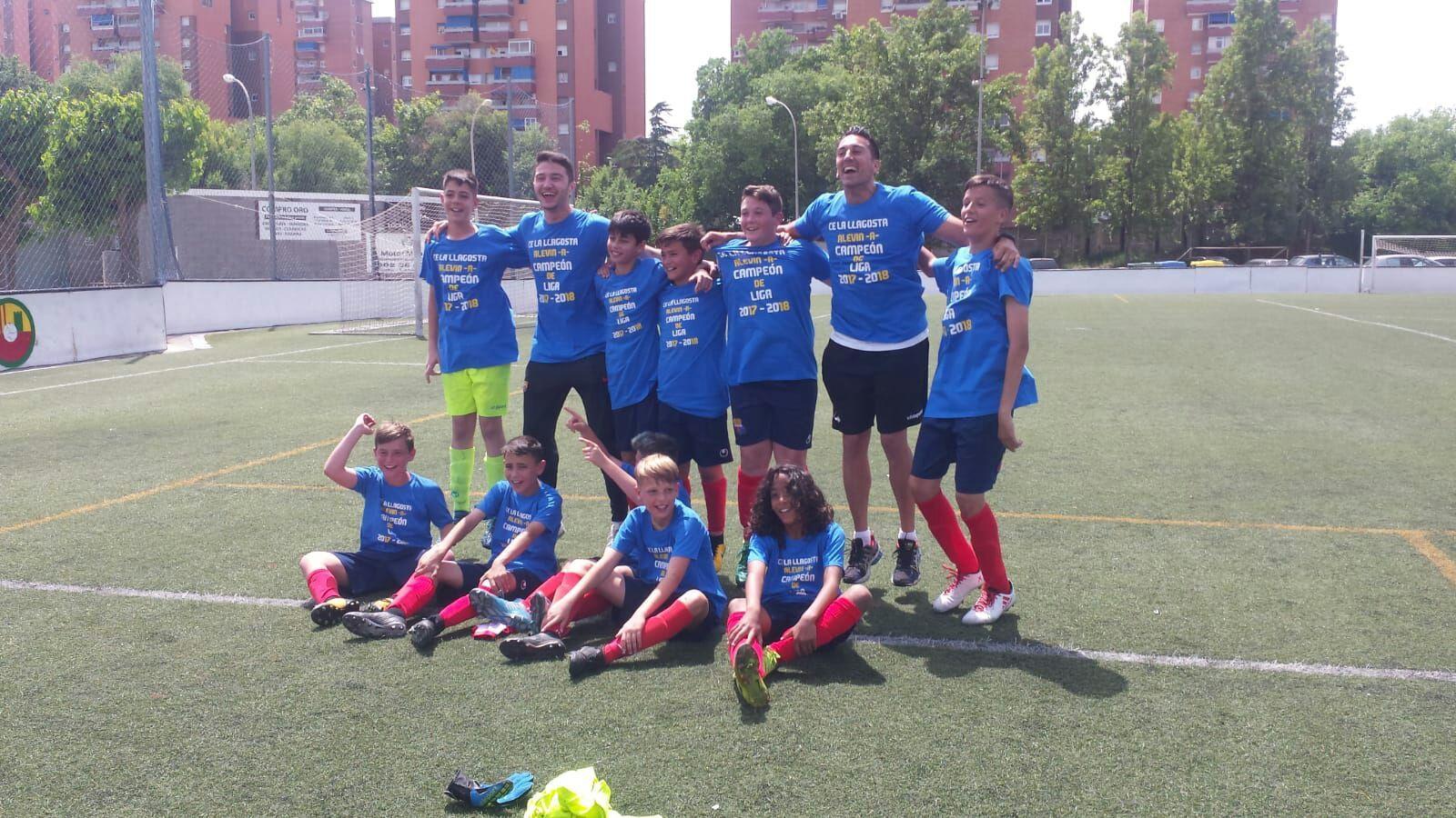 L'aleví A del CE la Llagosta guanya la lliga i puja a la Primera Divisió