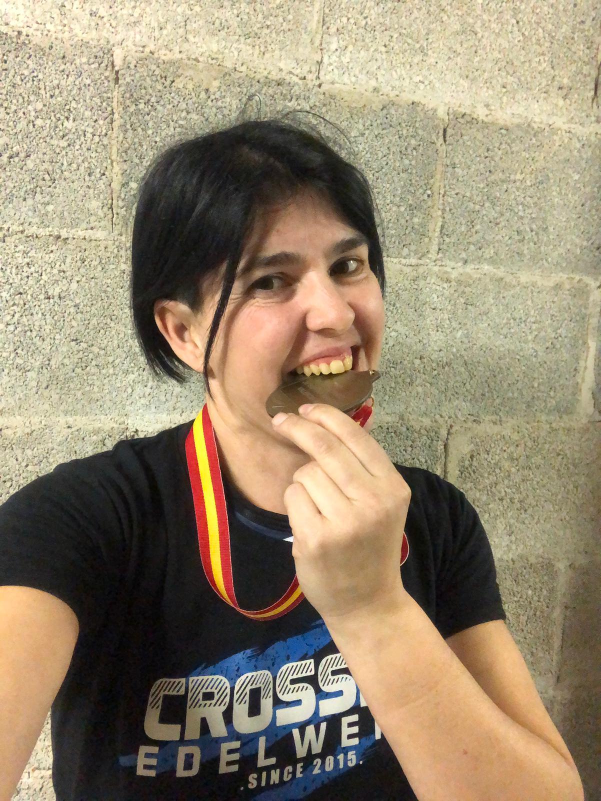 Sonia Bocanegra, tercera a l'estatal d'aixecament de pes veterà a València