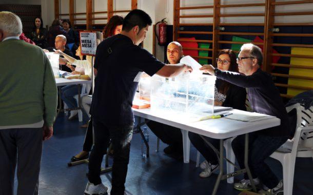 La jornada electoral ha començat a la Llagosta amb total normalitat