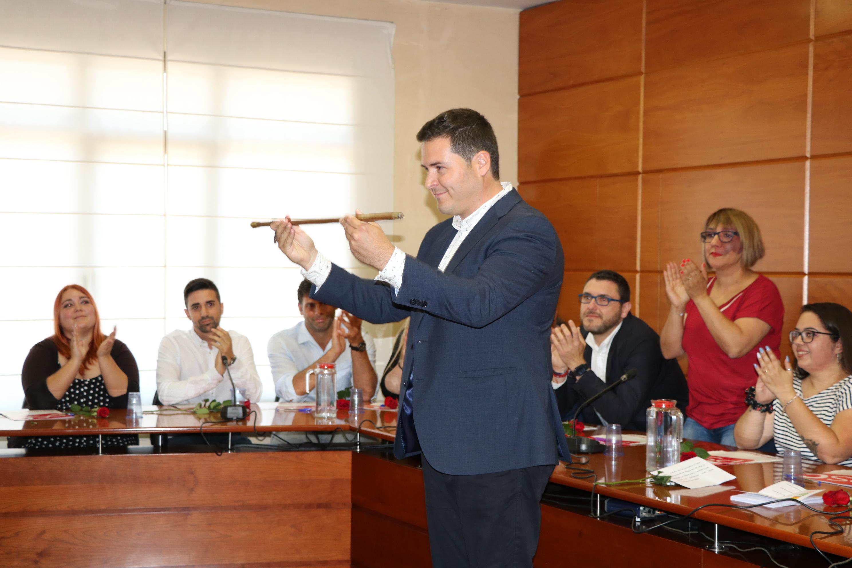 El Ple de l'Ajuntament de la Llagosta escull Óscar Sierra alcalde de la nostra localitat