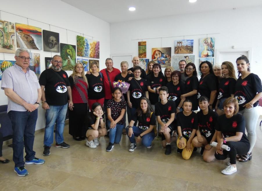 L'Escola de Pintura de la Casa del Pueblo exposa una mostra al Centre Cultural amb una vuitantena de quadres
