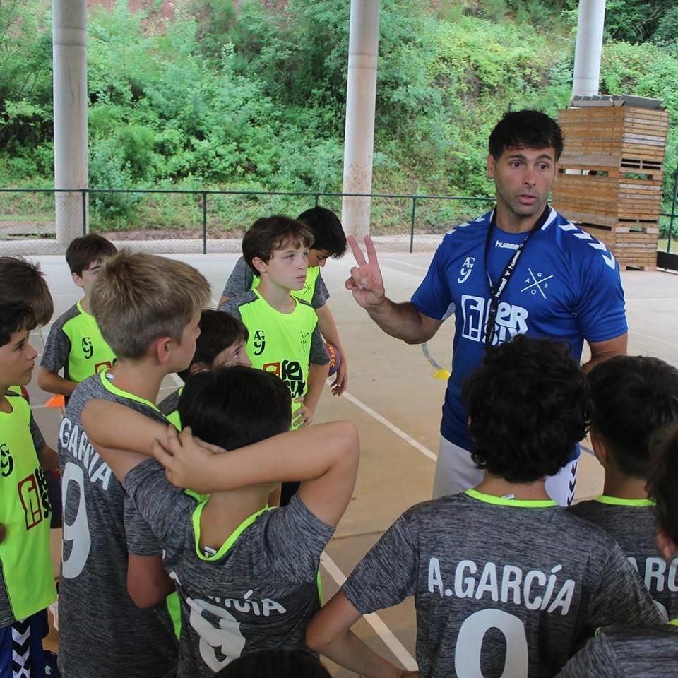 Finalitza la novena edició del Campus d'Handbol Antonio García Robledo amb 122 infants
